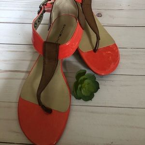 7.5 M Bandolino brown and orange sandals